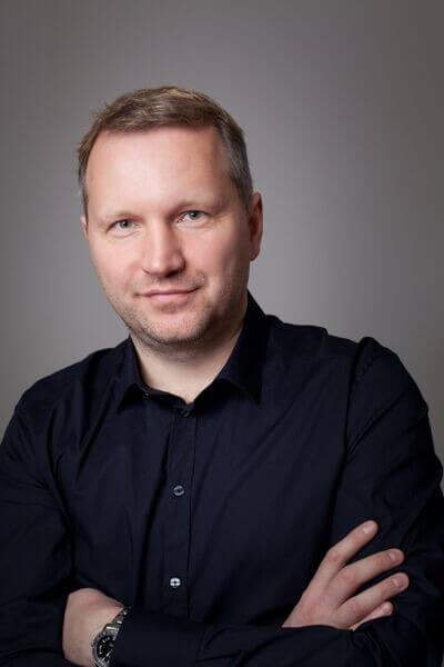 Jeden ze snímků, které František Savov zveřejnil v rámci své nové mediální propagace.