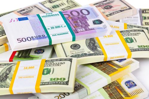 peníze, úplatek