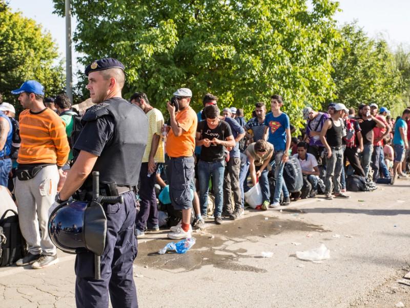 Uprchlíci na cestě do Evropy. Fotografie byla pořízena 18. září u chorvatského Tovarniku. Spectral-Design / Shutterstock.com