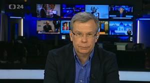 Alexandr Kuranov před rokem ve vysílání České televize komentoval ruský postup na Krymu. Repro: Neo