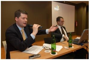 Radek Pokorný (vlevo) během semináře pořádaného AK Pokorný, Wagner a spol. Foto publikované se souhlasem AK.