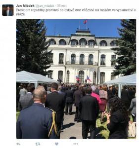 Takto akci zachytil na svém Twitteru ministr průmyslu Jan Mládek.