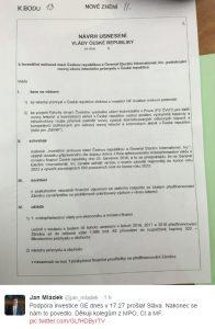 Ministr průmyslu Jan Mládek zveřejnil vládní usnesení na svém účtu na Twitteru. Repro: Neo