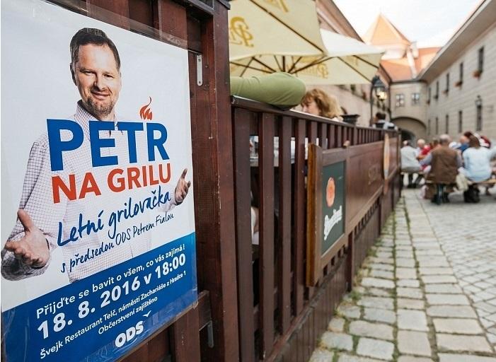 Ze série neformálních setkání s Petrem Fialou u letního grilování.  Foto: ods.cz