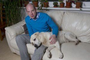 Ondřej Závodský a Chico, jeho vodící pes. Foto: Archiv OZ
