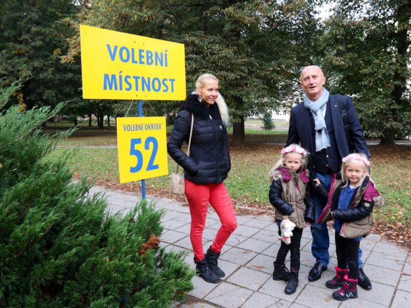 Rodina je moje všechno, často opakuje Ivo Valenta. Nezdráhá se před kamery postavit nejen manželku, ale i své děti. Foto: Archiv Iva Valenty