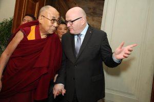 Momentky ze setkání s dalajlámou. Foto: Ministerstvo kultury
