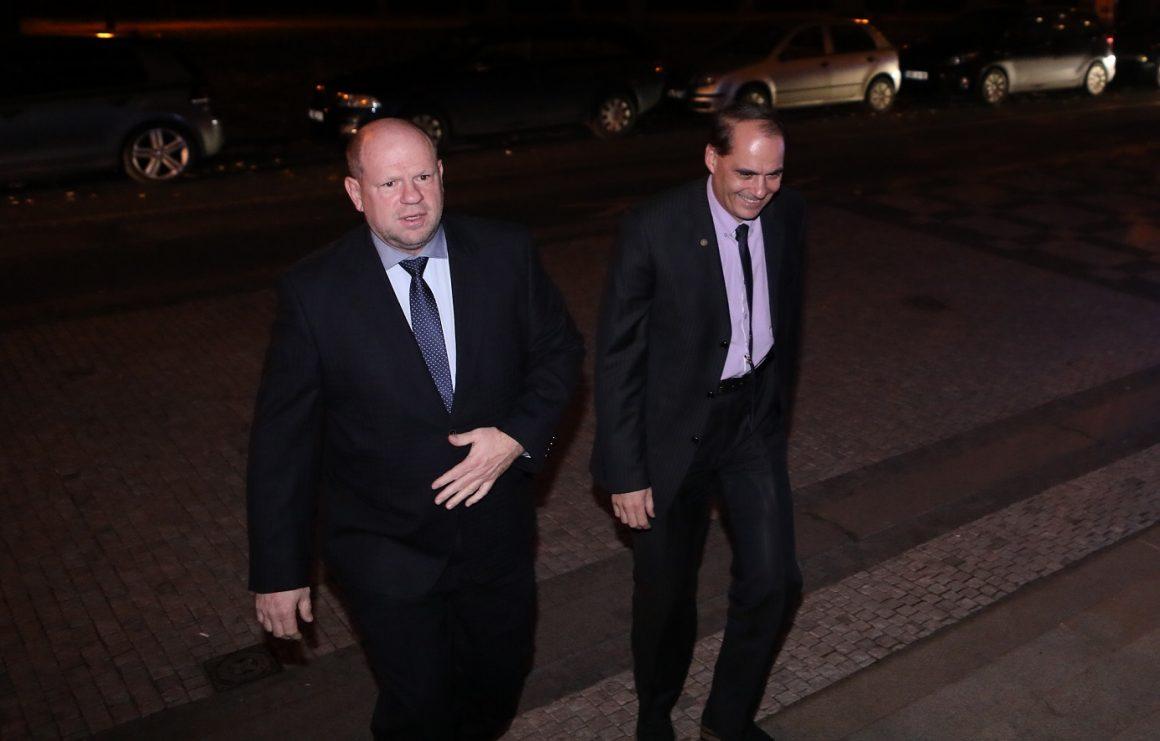 Bývalý šéf hospodářské komory Petr Kužel (nalevo). Foto: Jakub Syrůček, Neo