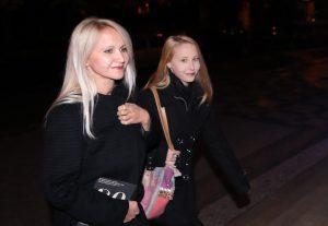 Šárka Grossová s dcerou. Foto: Jakub Syrůček, Neo