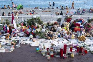 Pieta za oběťmi červencového masakru. Nice, Francie. Foto: Dmytro Surkov / Shutterstock.com