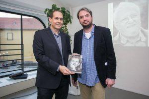 Autoři nové havlovské knížky Jan Pergler (vlevo) a Jan Dražan během slavnostního křtu. Foto: Nakladatelství Zeď